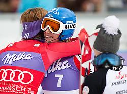 13.03.2010, Goudyberg Herren, Garmisch Partenkirchen, GER, FIS Worldcup Alpin Ski, Garmisch, Men Slalom, im Bild Riesch Maria, ( GER, #1 ), Ski Head gratuliert Schild Marlies, ( AUT, #7 ), Ski Atomic, EXPA Pictures © 2010, PhotoCredit: EXPA/ J. Groder