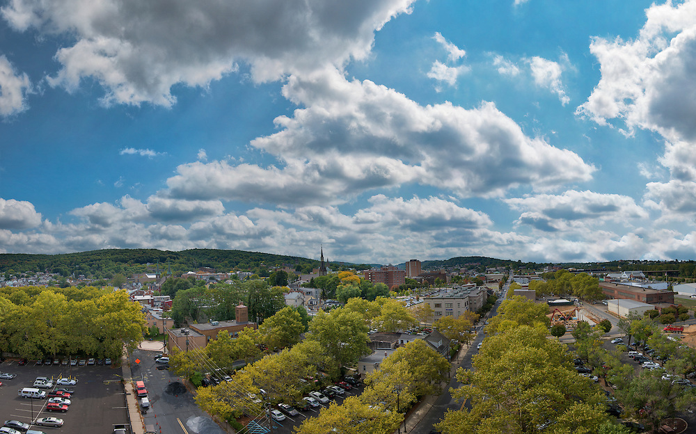 Hello 3rd Street! Home to quiet a few of my favorite spots. This shot was taken from the roof of Northampton Community College.