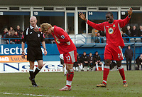 Photo: Kevin Poolman.<br />Luton Town v Blackburn Rovers. The FA Cup. 27/01/2007. Morten Gamst Pedersen (no 12) of Blackburn celebrates his goal with Christopher Samba.