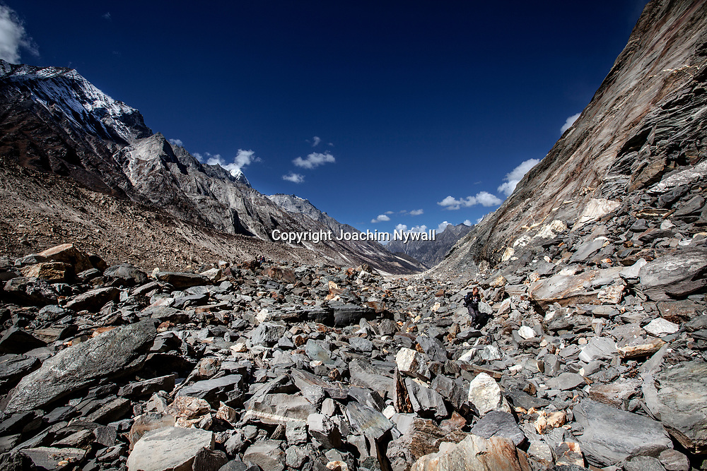 2016 10 05 Gangotri Uttarakhand India<br /> Vandring mellan Gangotri och Gamukh som är Ganges källa Vandringen går längs Bhagirathi som ganges heter här uppe<br /> <br /> ----<br /> FOTO : JOACHIM NYWALL KOD 0708840825_1<br /> COPYRIGHT JOACHIM NYWALL<br /> <br /> ***BETALBILD***<br /> Redovisas till <br /> NYWALL MEDIA AB<br /> Strandgatan 30<br /> 461 31 Trollhättan<br /> Prislista enl BLF , om inget annat avtalas.