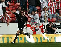 Photo: Kevin Poolman.<br />Swindon Town v Brentford. Coca Cola League 1. 22/04/2006. Brentford's Paul Brooker celebrates his goal.