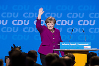 26 FEB 2018, BERLIN/GERMANY:<br /> Angela Merkel, CDU, Bundeskanzlerin, nimmt nach ihrer Rede den Applaus der Delegierten entgegen, CDU Bundesparteitag, Station Berlin<br /> IMAGE: 20180226-01-076<br /> KEYWORDS: Party Congress, Parteitag
