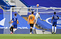 Football - 2019 / 2020 Premier League - Chelsea vs. Wolverhampton Wanderers<br /> <br /> Chelsea's Willy Caballero at full stretch, at Stamford Bridge.<br /> <br /> COLORSPORT/ASHLEY WESTERN