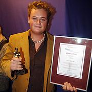 Uitreiking populariteitsprijs 2004, Danny, broer Jim Bakkum