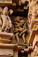 Inde, état du Madhya Pradesh, Khajuraho, site classé au Patrimoine Mondial de l'UNESCO, groupe sud, temple de Duladeo // India, Madhya Pradesh state, Khajuraho, Unesco World Heritage, the Khajuraho Group of Monuments is a group of Hindu temples and Jain temples, southern group, Duladeo temple