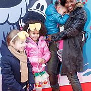 NLD/Amsterdam/20160117 - Premiere Woezel & Pip Op zoek naar de Sloddervos !, Edsilia Rombley en dochter