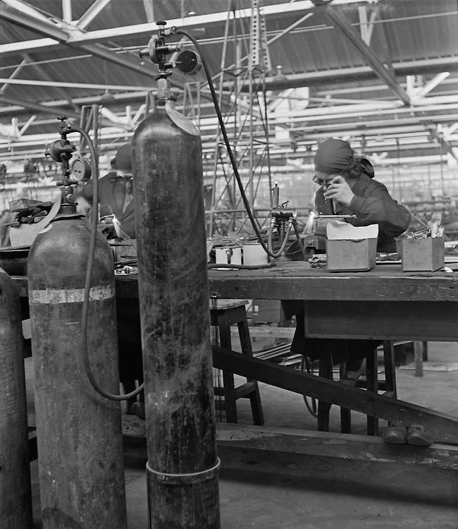 Workshop, De Havilland Aircraft Factory, England, 1935