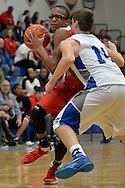 Elyria at Midview boys varsity basketball on January 31, 2015. Images copyright © David Richard and may not be copied, posted, published or printed without permission.