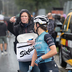 ARNHEM (NED) CYCLING, SIMAC LADIES TOUR,   August 29th 2021, <br /> Rider and soigneur after the race