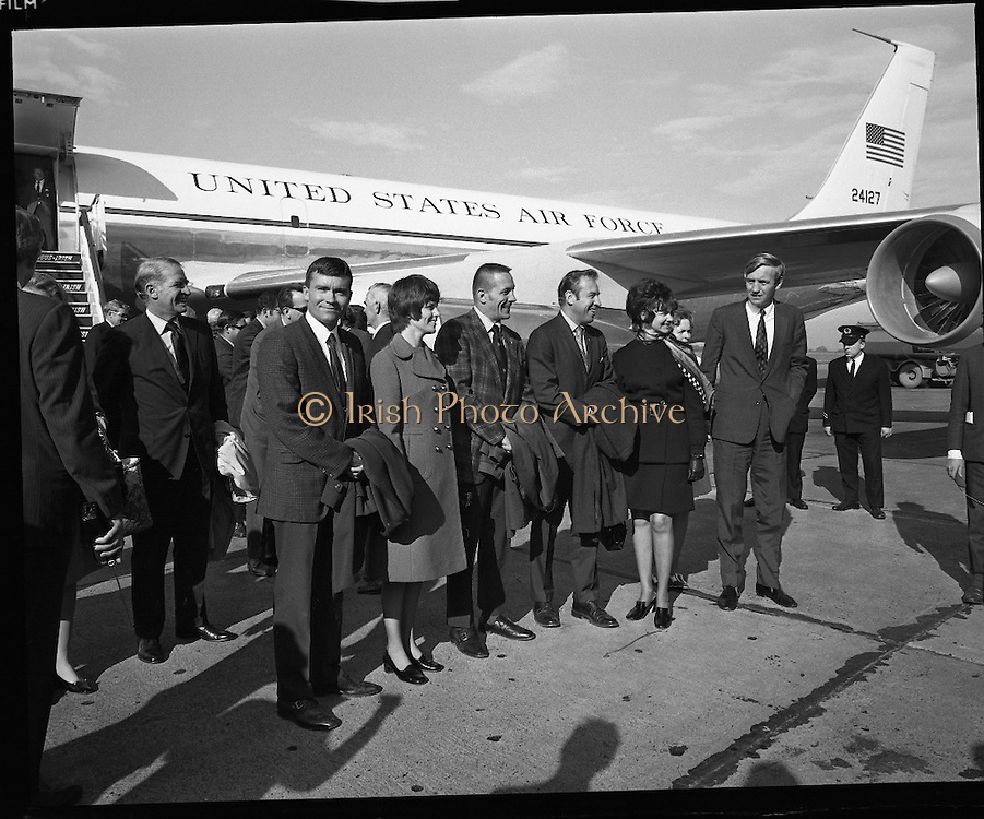 American Astronauts visit Dublin.<br /> 1970.<br /> 13.10.1970.<br /> 10.13.1970.<br /> 13th October 1970.<br /> The Astronauts of the Apollo 13 moon mission visited Ireland as part of a European tour. James Lovell, John Swigert and Fred Haise were on a planned landing on the lunar surface ,when two day after blast off on 11 April 1970 an explosion aboard the craft resulted in one of the most amazing missions in the Apollo series. The explosion placed the crew in severe danger and it was only through much skill and courage that the astronauts managed to make emergency repairs to enable them to return home. Up until they returned on 17th April the world held its breath as the astronauts fought their way back to Earth.<br /> <br /> Image shows the Apollo 13 astronauts and their wives posing for pictures on the tarmac at Dublin Airport.