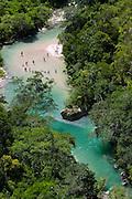 Bonito_MS, Brasil...Rio Salobra na fazenda Boca da Onca, Mato Grosso do Sul...The Salobra river in Boca da Onca farm, Mato Grosso do Sul...FOTO: JOAO MARCOS ROSA / NITRO