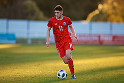 BANGOR, WALES - Saturday, November 17, 2018: Wales' Joseph Adams during the UEFA Under-19 Championship 2019 Qualifying Group 4 match between Sweden and Wales at the Nantporth Stadium. (Pic by Paul Greenwood/Propaganda)