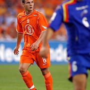 NLD/Eindhoven/20050907 - WK kwalificatiewedstrijd Nederland - Andorra, (8) Wesley Sneijder