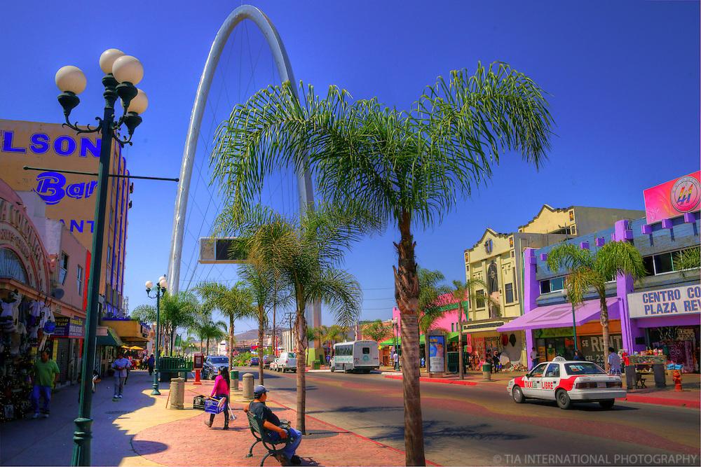 Avenida Revolución & Tijuana Arch