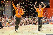 Nederlandse Olympische ploeg komt thuis en wordt gehuldigd op het plein voor Station Den Bosch.<br /> <br /> Op de foto:  Marianne Vos en Epke Zonderland