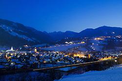 18.01.2013, Schladming, AUT, FIS Weltmeisterschaften Ski Alpin, Schladming 2013, Vorberichte, im Bild die Stadt Schladming und Rohrmoos-Untertal zur blauen Stunde am 18.01.2013 // the town of Schladming and Rohrmoos-Untertal in the blue hour on 2013/01/18, preview to the FIS Alpine World Ski Championships 2013 at Schladming, Austria on 2013/01/18. EXPA Pictures © 2013, PhotoCredit: EXPA/ Martin Huber
