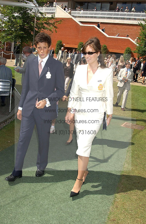 LADY ROSE INNES-KER daughter of the 10th Duke of Roxburghe and JAMES ROTHSCHILD at the 4th dfay of the 2005 Glorious Goodwood horseracing festival at Goodwood Racecourse, West Sussex on 29th July 2005.    <br /><br />NON EXCLUSIVE - WORLD RIGHTS