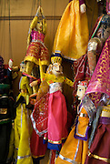 India, Rajasthan, Udaipur puppeteer workshop