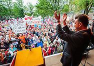 Nederland, Amsterdam, 21 sept 2013<br /> Demonstratie tegen bezuinigingen door het kabinet Rutte2.  Georganiseerd door SP en diverse organisaties. Demonstratieve optocht van Damrak naar de Dokwerker. Aan het einde hield Emile Roemer een speech.<br /> <br /> Foto(c): Michiel Wijnbergh