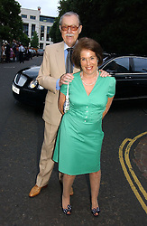 VALERIE KLEEMAN and ALAN WHICKER at Sir David & Lady Carina Frost's annual summer party held in Carlyle Square, Chelsea, London on 5th July 2006.<br /><br />NON EXCLUSIVE - WORLD RIGHTS
