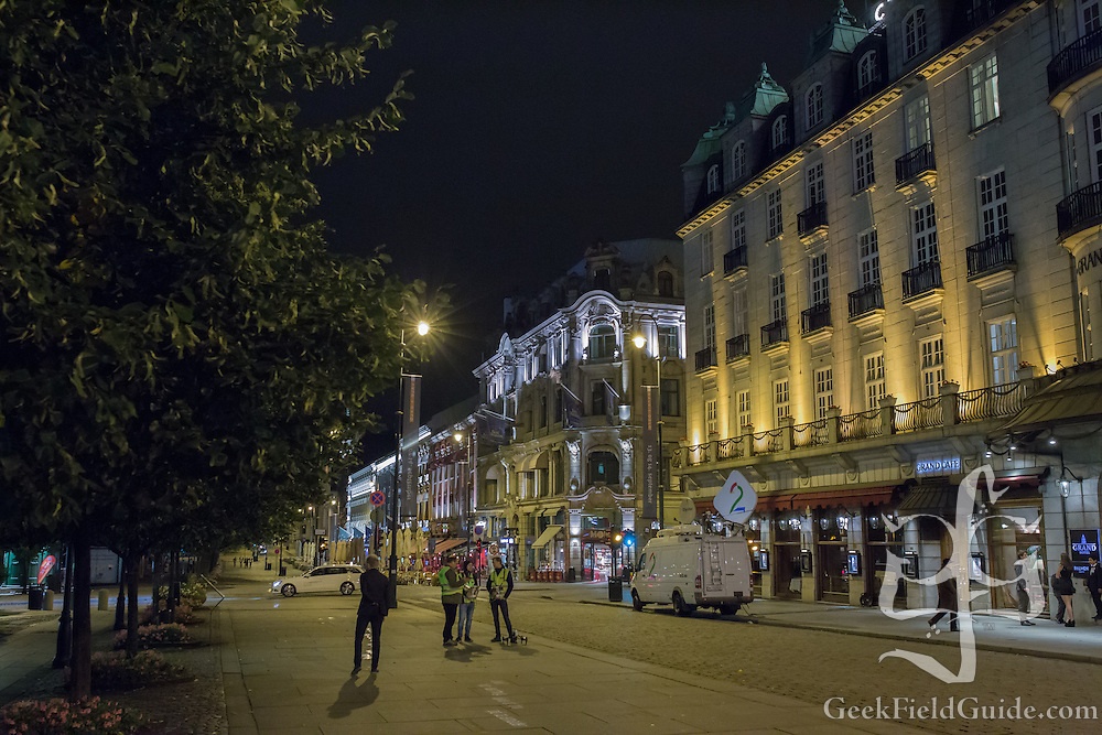 As Oslo prepares to sleep, workers prepare for the festivities of a marathon.