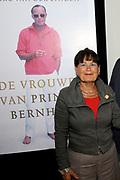 Boekpresentatie - De Vrouwen van Bernhard .<br /> <br /> Boek waarin royaltyjournalist Marc van der Linden schrijft over de verschillende vrouwen die een rol van betekenis speelden in het leven van prins Bernhard.<br /> <br /> op de foto: Mildred Zijlstra (Volgens royalty-verslaggever Marc van der Linden het derde buitenechtelijke kind van prins Bernhard) <br /> <br /> Book launch - The Women of Bernhard.<br /> <br /> Book containing royalty journalist Marc van der Linden writes about the various women who played a significant role in the life of Prince Bernhard.<br /> <br /> On the Photo: Mildred Zijlstra (According royalty reporter Marc van der Linden, the third illegitimate child of Prince Bernhard)