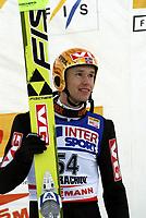 Hopp<br /> Verdenscup<br /> 12. desember 2004<br /> Harrachov<br /> Foto: Wrofoto/Digitalsport<br /> NORWAY ONLY<br /> Roar Ljøkelsøy