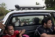 Pazienti della clinica per la dialisi Cruz Azul di Managua di ritorno a casa.<br /> <br /> 19 maggio  2016 . Daniele Stefanini /  OneShot