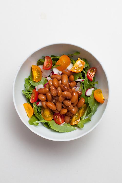 Mayocoba bean and Arugula Salad from the fridge (m€) - COVID-19 Social Distancing