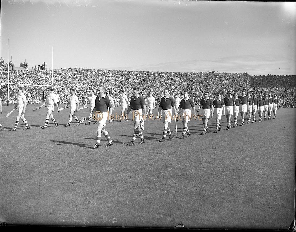 Hurling All Ireland Senior Hurling Final, Croke Park. .Cork v Galway,.6091953AISHCF,.Cork 3-3, Galway 0-8.06.09.1953, 09.06.1953, 6th September 1953