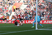 Football - 2017 / 2018 Premier League - Southampton vs. Manchester United<br /> <br /> Southampton's Oriol Romeu crosses the ball only for nobody to be there to tap in at St Mary's Stadium Southampton<br /> <br /> COLORSPORT/SHAUN BOGGUST