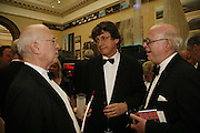 Alan rusbridger, Royal Academy Annual dinner. Royal Academy, Piccadilly. 6 June 2006. ONE TIME USE ONLY - DO NOT ARCHIVE  © Copyright Photograph by Dafydd Jones 66 Stockwell Park Rd. London SW9 0DA Tel 020 7733 0108 www.dafjones.com