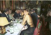 Countess Leopold von Bismarck,  Cartier party. Annabels. Dec, 2001. © Copyright Photograph by Dafydd Jones 66 Stockwell Park Rd. London SW9 0DA Tel 020 7733 0108 www.dafjones.com