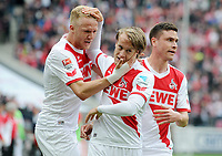 Fotball <br /> Tyskland<br /> 25.04.2015<br /> Foto: Witters/Digitalsport<br /> NORWAY ONLY<br /> <br /> 1:1 Jubel v.l. Kevin Vogt, Torschuetze Bård Finne, Jonas Hector (Koeln)<br /> Fussball Bundesliga, 1. FC Köln - Bayer 04 Leverkusen 1:1