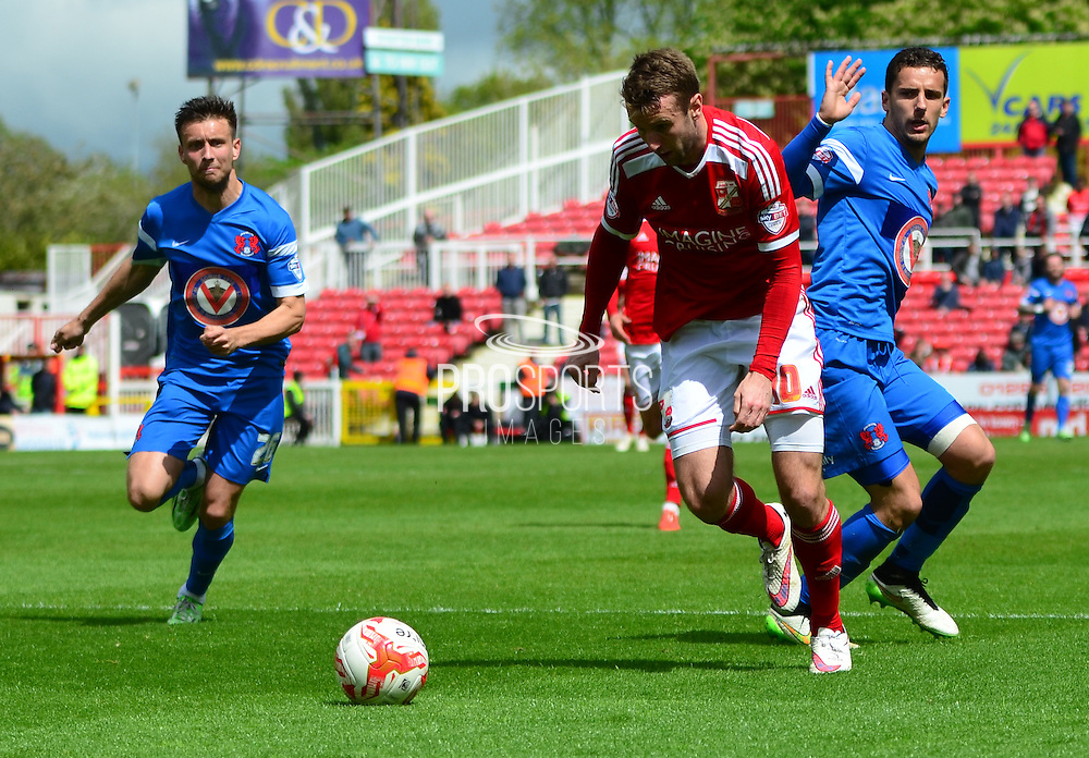 Andy Williams about to have a shot during the Sky Bet League 1 match between Swindon Town and Leyton Orient at the County Ground, Swindon, England on 3 May 2015. Photo by Alan Franklin.