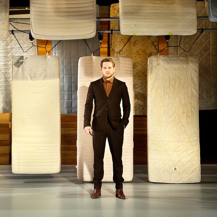 """Nederland, Haarlem, 20-03-2012.<br /> Teun Luijkx, acteur, die in het stuk """" De ziekte die jeugd heet"""" van Ferdinand Bruckner.<br /> Foto : Klaas Jan van der Weij"""