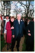 Penny and John Mortimer, Marriage of Emily Mortimer, ( daughter of John Mortimer ) to Alessandro Nivola, Turville.© Copyright Photograph by Dafydd Jones 66 Stockwell Park Rd. London SW9 0DA Tel 020 7733 0108 www.dafjones.com