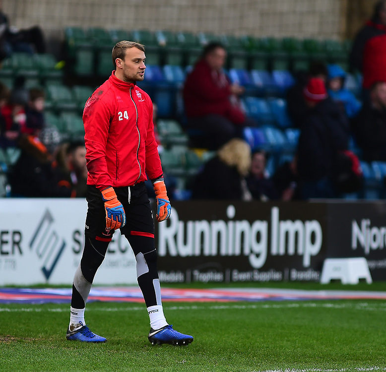Lincoln City's Sam Slocombe during the pre-match warm-up<br /> <br /> Photographer Andrew Vaughan/CameraSport<br /> <br /> The EFL Sky Bet League Two - Lincoln City v Newport County - Saturday 22nd December 201 - Sincil Bank - Lincoln<br /> <br /> World Copyright © 2018 CameraSport. All rights reserved. 43 Linden Ave. Countesthorpe. Leicester. England. LE8 5PG - Tel: +44 (0) 116 277 4147 - admin@camerasport.com - www.camerasport.com
