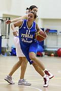 DESCRIZIONE : Roma Acqua Acetosa ritiro collegiale amichevole Nazionale Italia Donne<br /> GIOCATORE : Martina Fassina<br /> CATEGORIA : palleggio<br /> SQUADRA : Nazionale Italia femminile donne FIP<br /> EVENTO : amichevole Italia A Italia B<br /> GARA : <br /> DATA : 17/01/2012<br /> SPORT : Pallacanestro<br /> AUTORE : Agenzia Ciamillo-Castoria/ElioCastoria<br /> Galleria : Fip Nazionali 2011 <br /> Fotonotizia : Roma Acqua Acetosa ritiro collegiale amichevole Nazionale Italia Donne