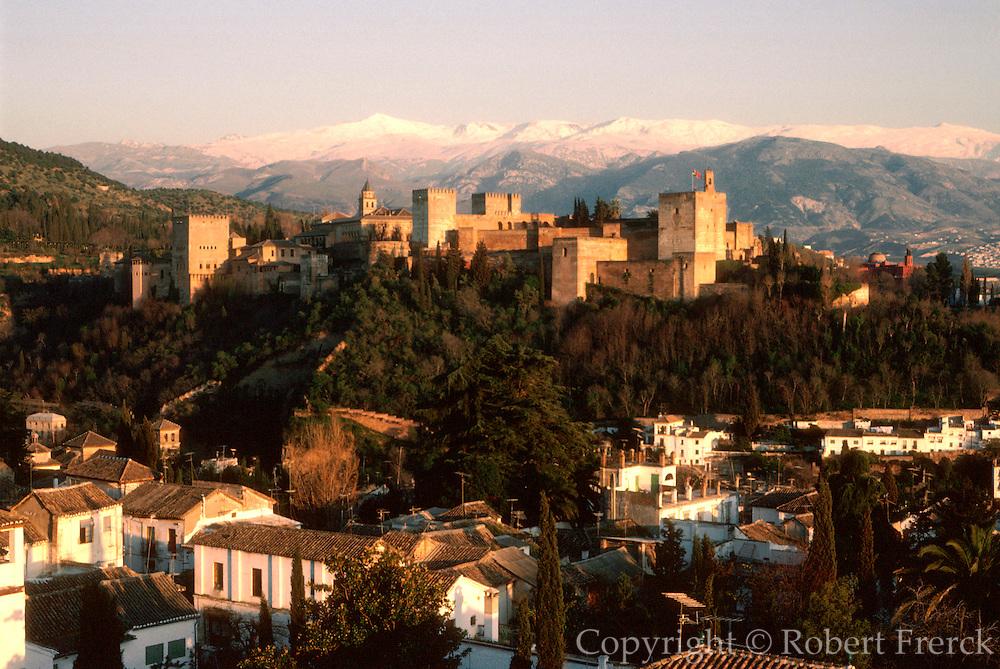 SPAIN, ANDALUSIA, GRANADA Alhambra; Moorish palace city