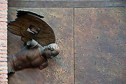Rome@2013 - Basilica di Santa Maria degli Angeli - Porte realizzate dall'artista polacco Igor Mitoraj