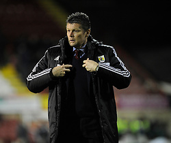 Bristol City manager, Steve Cotterill - Photo mandatory by-line: Dougie Allward/JMP - Tel: Mobile: 07966 386802 28/01/2014 - SPORT - FOOTBALL - Griffin Park - Brentford - Brentford v Bristol City - Sky Bet League One