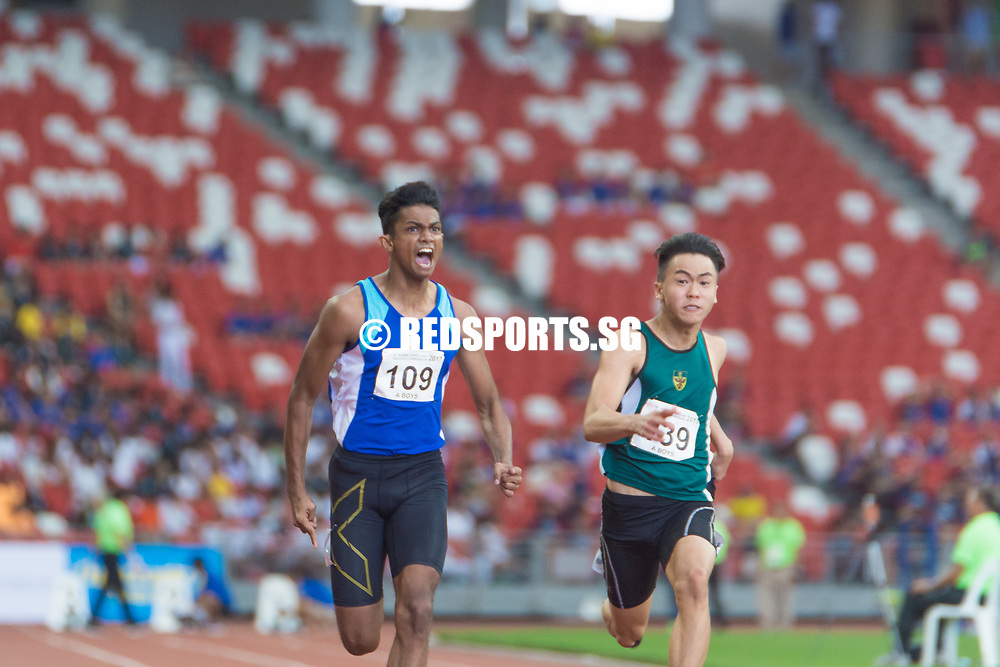 National Stadium, Friday, April 28, 2017 — He might be the defending sprint double champ from last year, but Catholic Junior College's Shahmee Ruzain faced a formidable competitor in the form of Raffles Institution's Joshua Chua at the 58th National Schools Track and Field Championships. Story: https://www.redsports.sg/2017/04/30/a-div-100m-cjc-shahmee-ruzain-2/