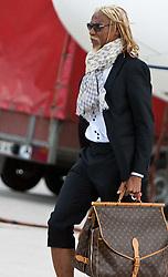 20.05.2010, Flughafen, Klagenfurt, AUT, WM Vorbereitung, Kamerun Ankunft im Bild Rigobert Song, Abwehr, Nationalteam Kamerun (Trabzonspur), EXPA Pictures © 2010, PhotoCredit: EXPA/ J. Feichter / SPORTIDA PHOTO AGENCY