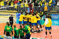 July 4, 2017 - O Brasil vence por 3 sets a 1 da equipe do Canadá na partida de estreia da fase final da Liga Mundial de Vôlei, na Arena da Baixada em Curitiba. (Credit Image: © Reinaldo Reginato/Fotoarena via ZUMA Press)