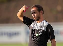 Cheftræner Pedro Hipolito (Næstved Boldklub) under træningskampen mellem FC Helsingør og Næstved Boldklub den 19. august 2020 på Helsingør Stadion (Foto: Claus Birch).