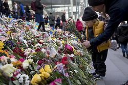 April 9, 2017 - Stockholm, Sweden - Stockholm terror attack day 3..Manifestation against terror and violence at Sergels torg in Stockholm, Sweden  2017-04-09..(c) SANDBERG MAGNUS  / Aftonbladet / IBL BildbyrÃ¥....* * * EXPRESSEN OUT * * *....AFTONBLADET / 4560 (Credit Image: © Aftonbladet/IBL via ZUMA Wire)