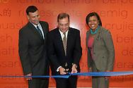 20110623-San Juan, Puerto Rico-Inauguración de nuevas oficinas de Kraft Foods en el Montehiedra Office Building.  En la foto Ed Monteagudo, Gustavo Armstrong y Darria Ball.