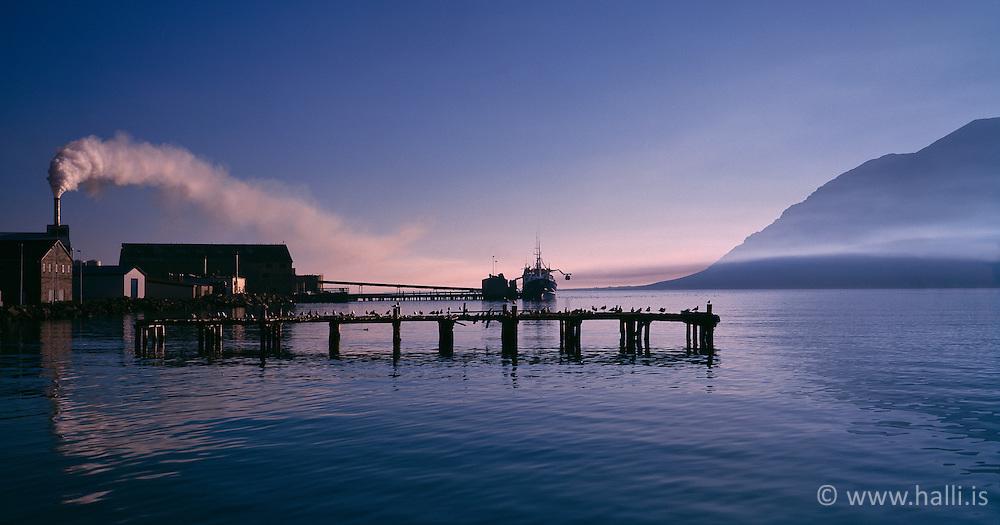 Wharf at Siglufjordur, Iceland - Gömul bryggja á Siglufirði