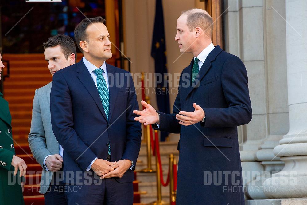 DUBLIN - Prins William, Hertog van Cambridge en Minister-President Leo Varadkar bij een ontmoeting bij Government Buildings in Dublin.